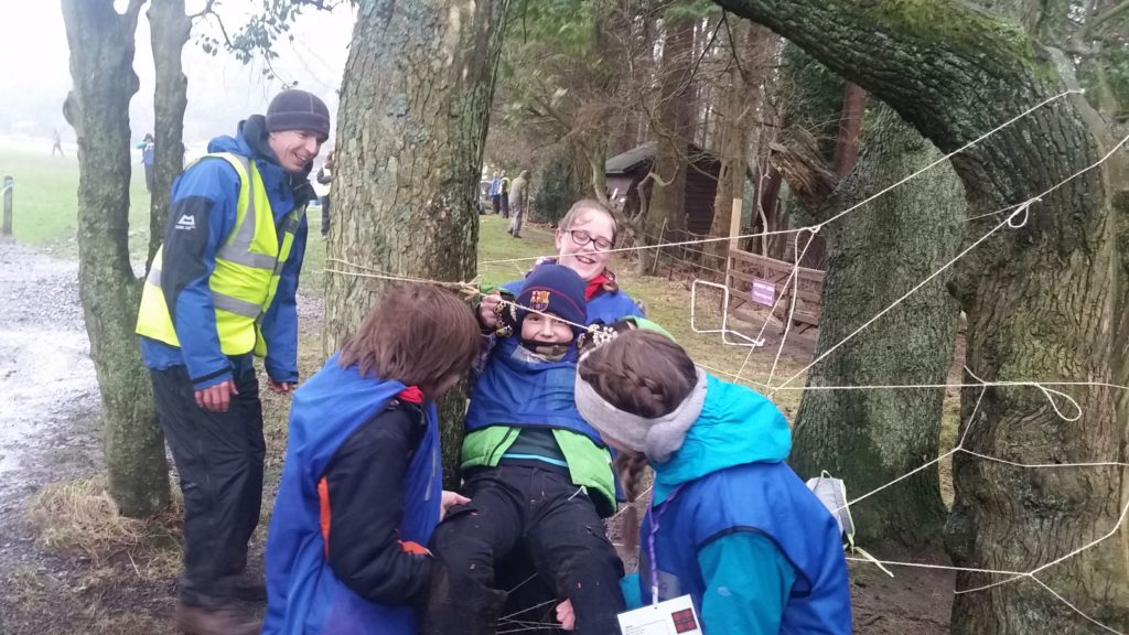 Scouts using the spider's web at Bonaly