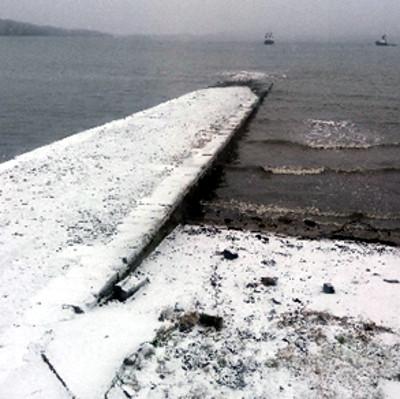 Longcraig peir in winter